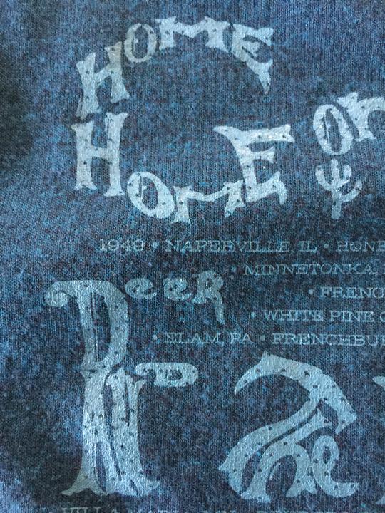 lettering-Graves-tshirt-2